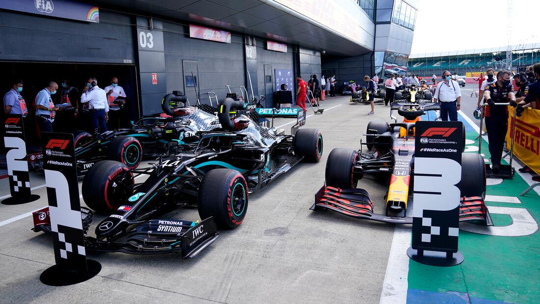[Imagen: Lewis-Hamilton-Mercedes-Formel-1-GP-Engl...711472.jpg]