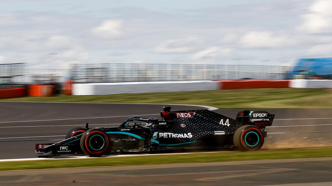 [Imagen: Lewis-Hamilton-Mercedes-Formel-1-GP-Engl...711471.jpg]