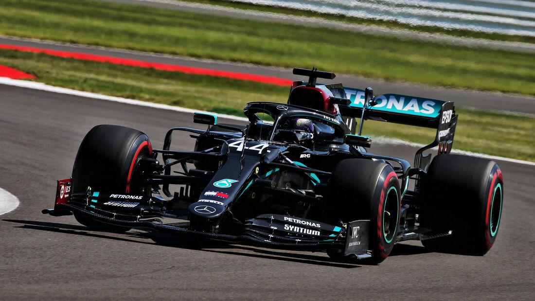 [Imagen: Lewis-Hamilton-Mercedes-Formel-1-GP-Engl...711256.jpg]