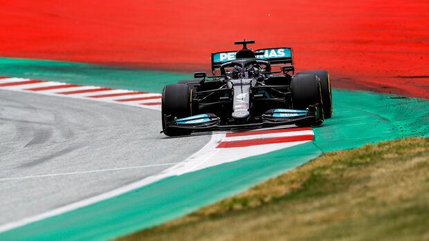 Lewis Hamilton - Mercedes - Formel 1 - GP Österreich - Spielberg - Freitag - 2.7.2021