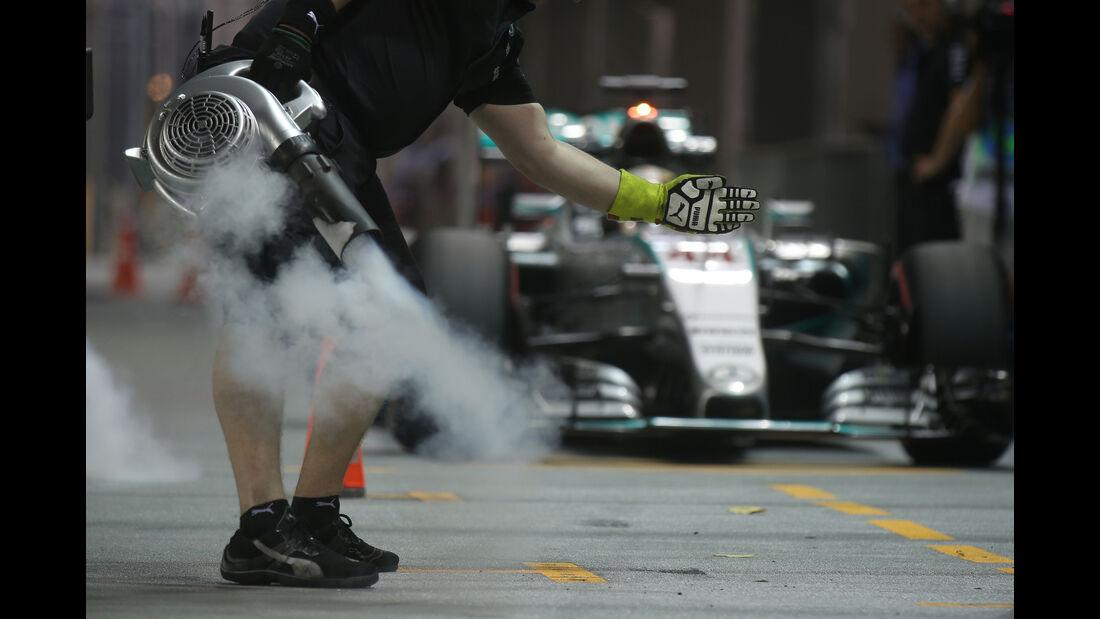 Lewis Hamilton - Mercedes - Formel 1 - GP Singapur - 18. September 2015