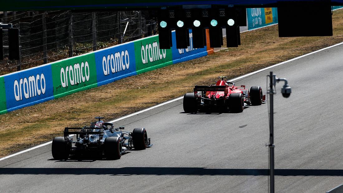 [Imagen: Lewis-Hamilton-Mercedes-Formel-1-GP-Span...714896.jpg]