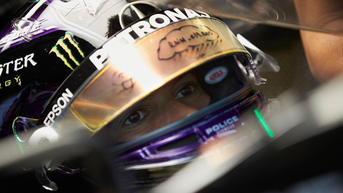 [Imagen: Lewis-Hamilton-Mercedes-Formel-1-GP-Stei...705676.jpg]