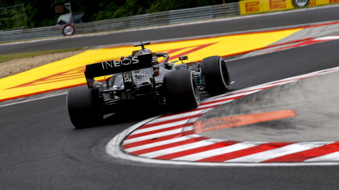 [Imagen: Lewis-Hamilton-Mercedes-Formel-1-GP-Unga...707576.jpg]