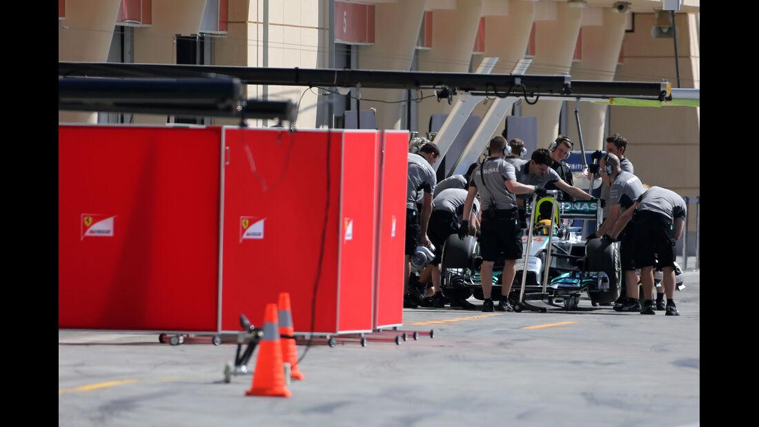 Lewis Hamilton - Mercedes - Formel 1 - Test - Bahrain - 2. März 2014