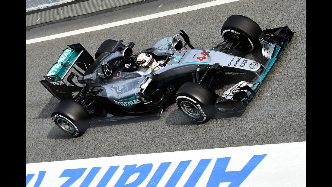 Lewis Hamilton - Mercedes - Formel 1-Test - Barcelona - 24. Februar 2016