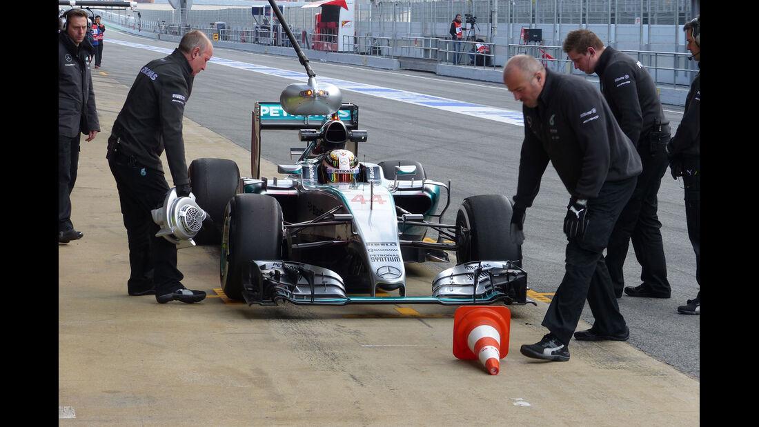 Lewis Hamilton - Mercedes - Formel 1-Test - Barcelona - 26. Februar 2015