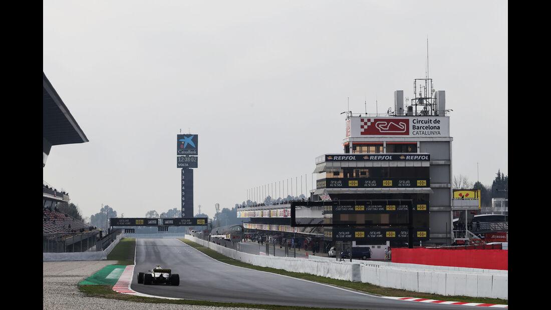Lewis Hamilton - Mercedes - Formel 1 Test - Barcelona - Tag 4 - 1. März 2018