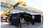 Lewis Hamilton - Mercedes - Formel 1 - Testfahrten - Bahrain International Circuit - Dienstag - 18.4.2017