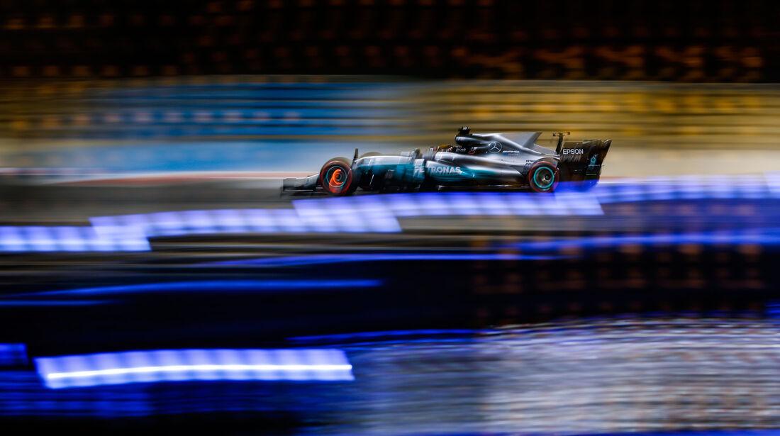 Lewis Hamilton - Mercedes - GP Bahrain 2017 - Qualifying