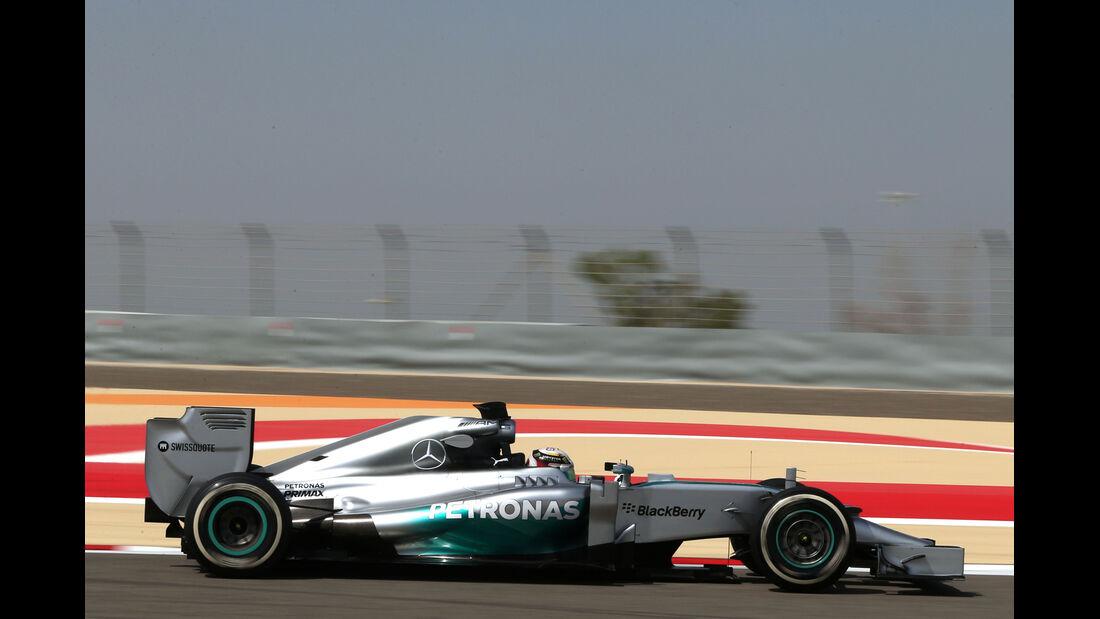 Lewis Hamilton - Mercedes - GP Bahrain - Test 2 - 9. April 2014