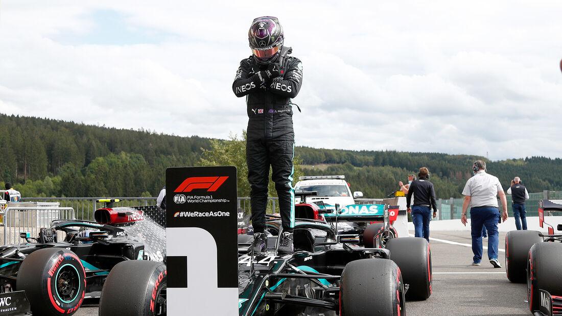 [Imagen: Lewis-Hamilton-Mercedes-GP-Belgien-Spa-F...718541.jpg]