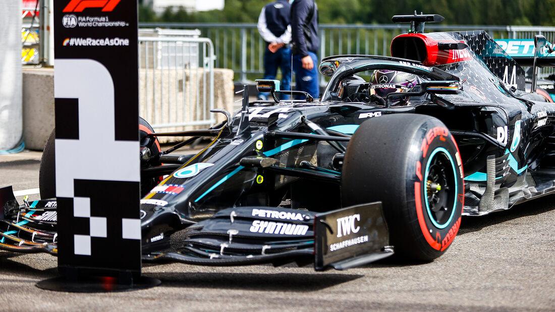 [Imagen: Lewis-Hamilton-Mercedes-GP-Belgien-Spa-F...718542.jpg]