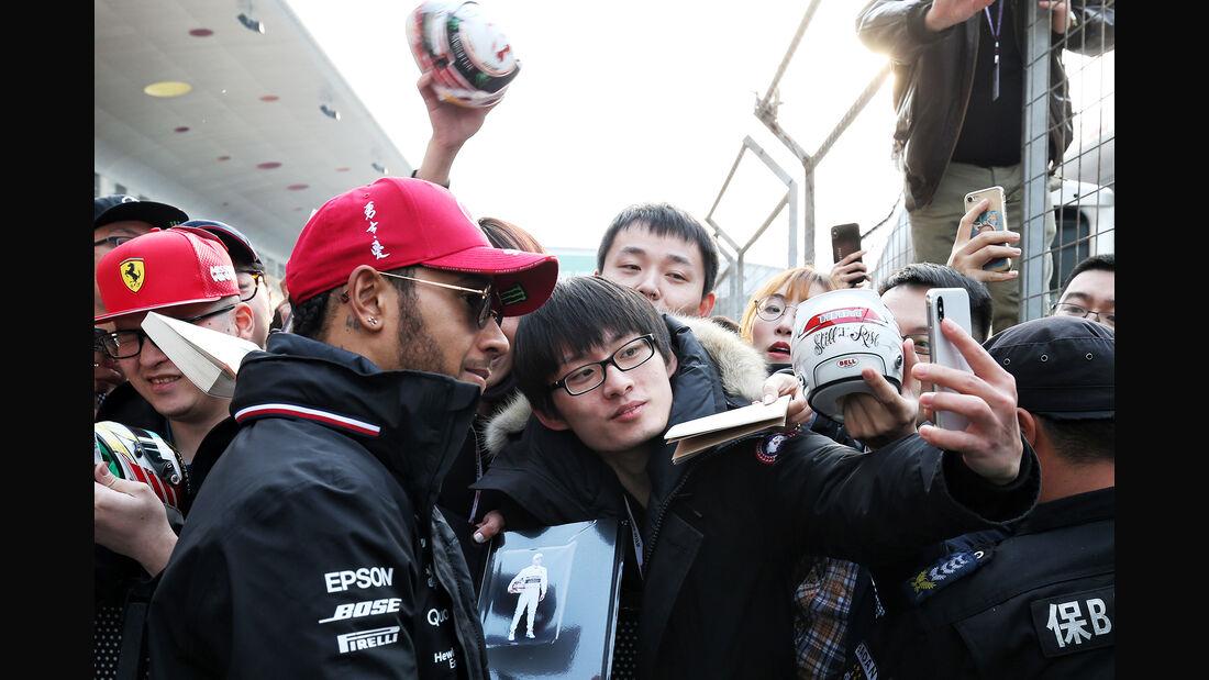 Lewis Hamilton - Mercedes - GP China - Shanghai - Formel 1 - Donnerstag - 11.4.2019