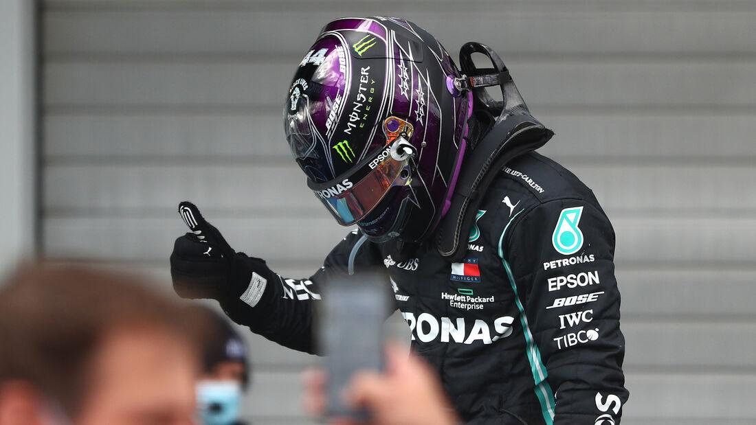 Hamilton gana en Nürburgring e iguala el récord de 91 victorias de Schumacher.