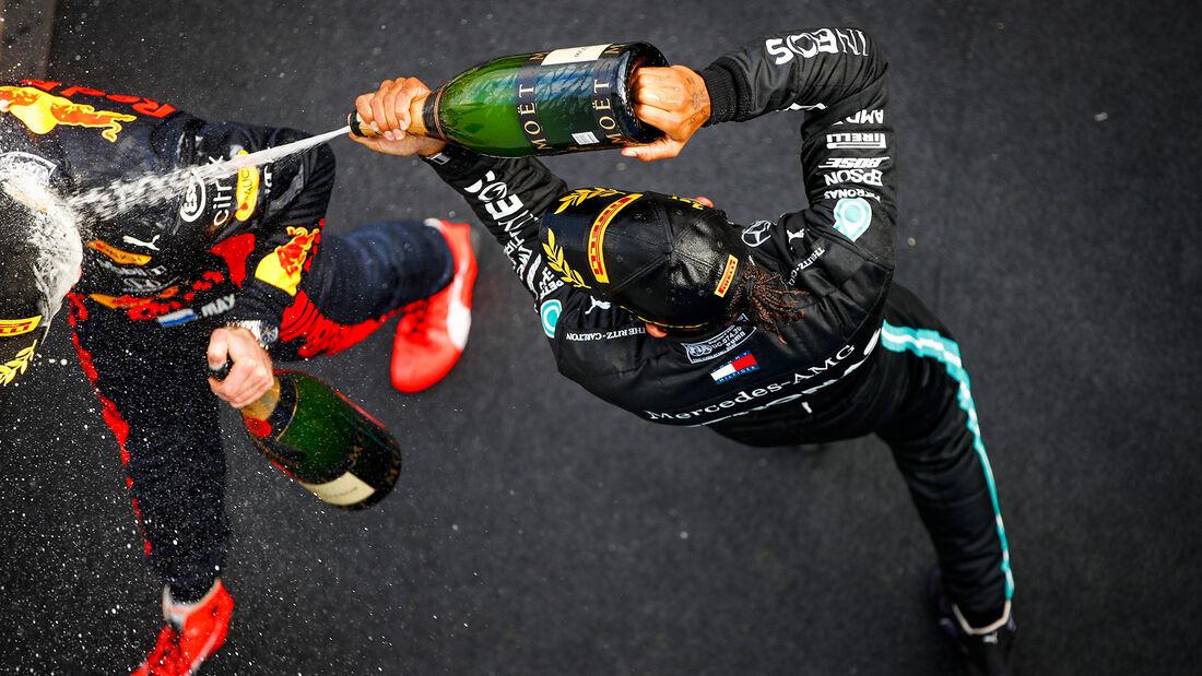 [Imagen: Lewis-Hamilton-Mercedes-GP-Eifel-2020-Nu...731556.jpg]