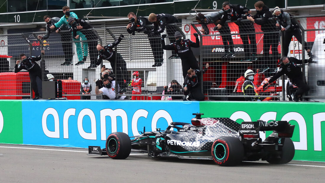 [Imagen: Lewis-Hamilton-Mercedes-GP-Eifel-2020-Nu...731552.jpg]