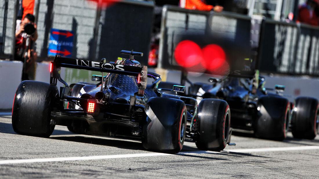 [Imagen: Lewis-Hamilton-Mercedes-GP-Italien-Monza...720962.jpg]