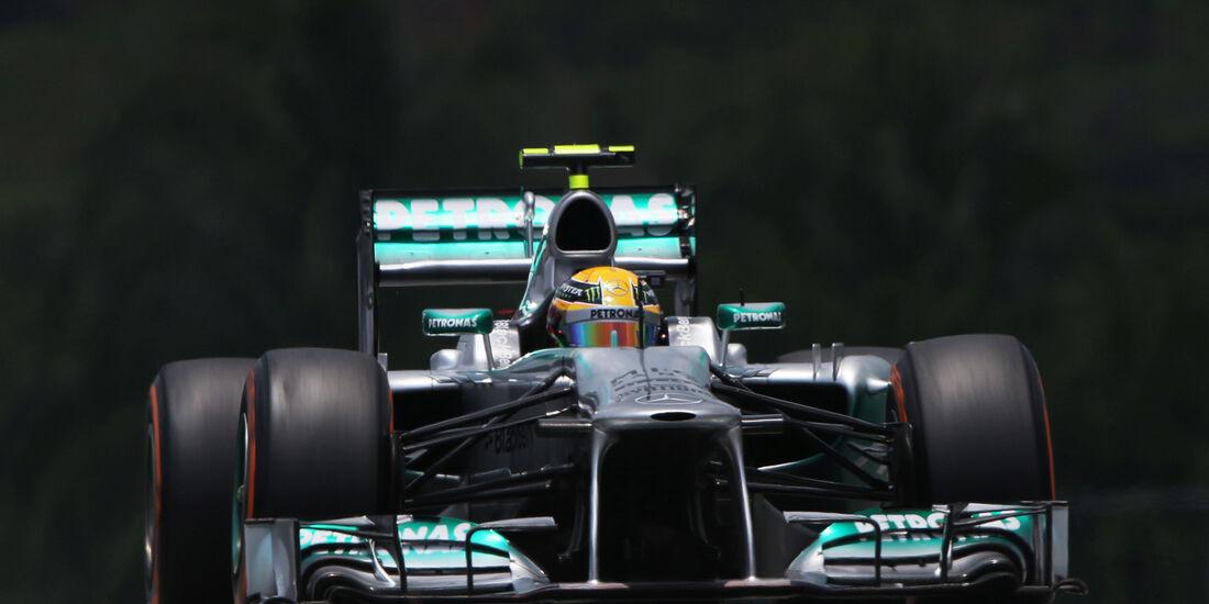 Lewis Hamilton Mercedes GP Malaysia 2013