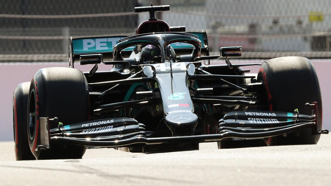 [Imagen: Lewis-Hamilton-Mercedes-GP-Russland-Sots...726717.jpg]
