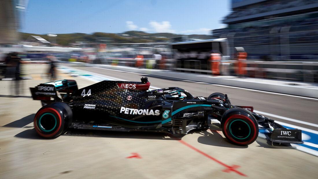 [Imagen: Lewis-Hamilton-Mercedes-GP-Russland-Sots...726698.jpg]