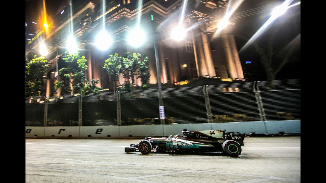 Lewis Hamilton - Mercedes - GP Singapur - Formel 1 - Freitag - 15.9.2017