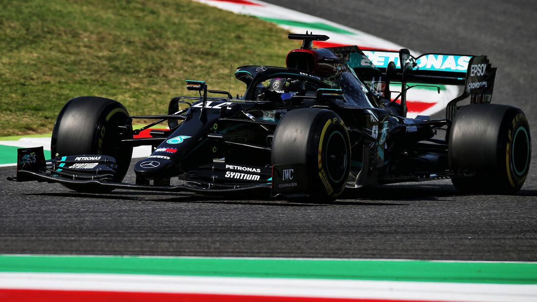 [Imagen: Lewis-Hamilton-Mercedes-GP-Toskana-Mugel...722608.jpg]