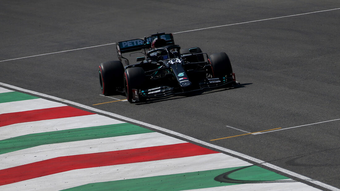 [Imagen: Lewis-Hamilton-Mercedes-GP-Toskana-Mugel...722598.jpg]
