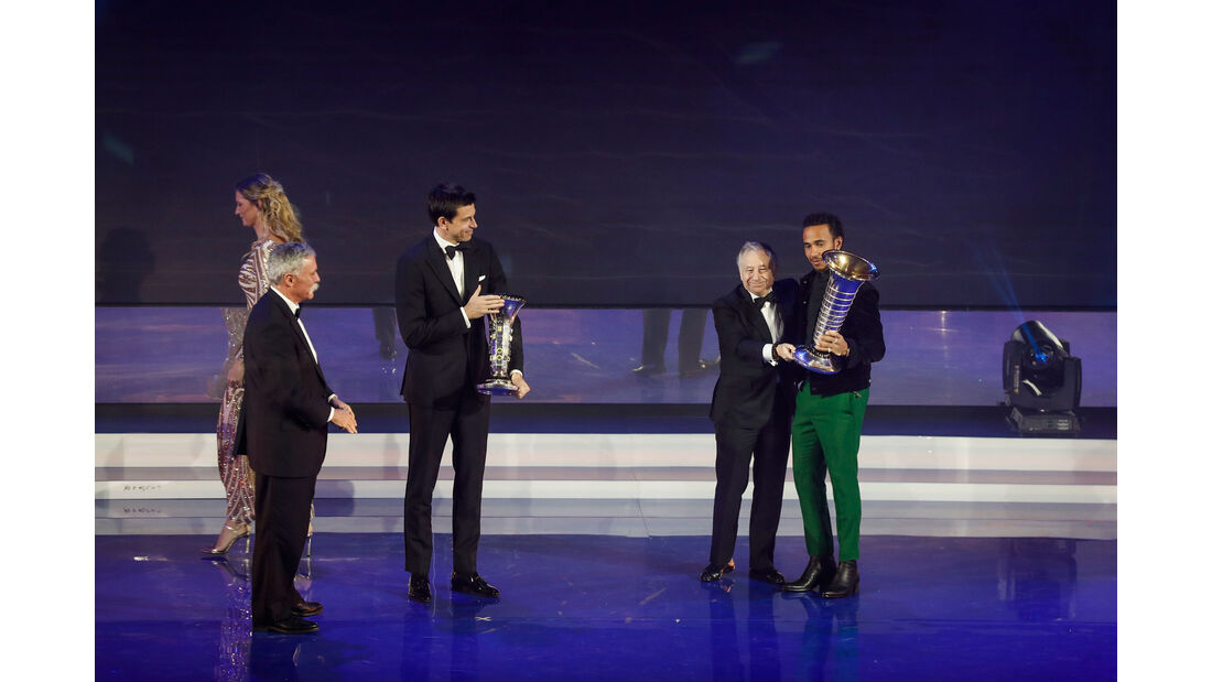 Lewis Hamilton - Mercedes - Jean Todt - FIA - Preisverleihung - St. Petersburg