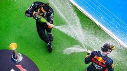 Lewis Hamilton - Mercedes - Max Verstappen - Red Bull