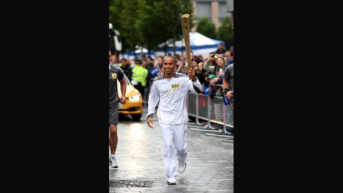 Lewis Hamilton Olympia Fackel 2012