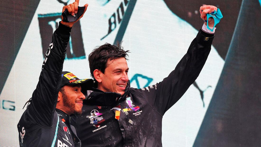 Lewis Hamilton - Toto Wolff - Mercedes - GP Türkei 2020 - Istanbul - Rennen