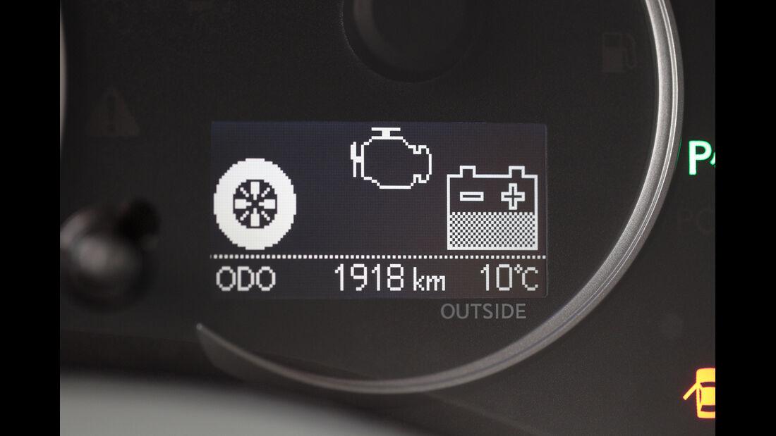 Lexus CT 200h Hybrid Drive, Anzeige, Batterie
