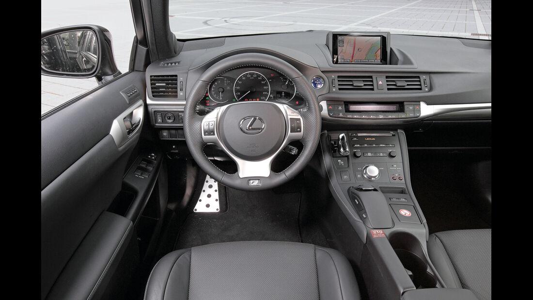 Lexus CT 200h Hybrid Drive, Cockpit