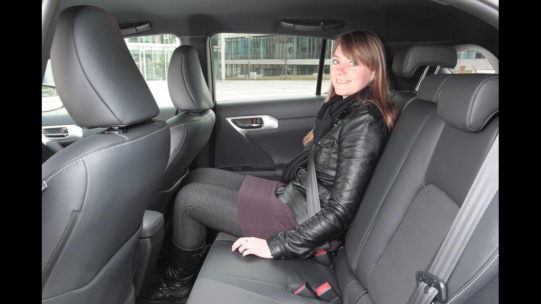 Lexus CT 200h Hybrid Drive, Rücksitz, Beinfreiheit
