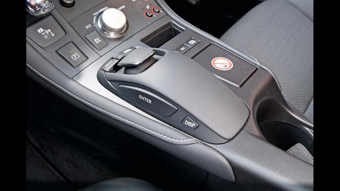 Lexus CT 200h, Lexus iQ, Mittelkonsole