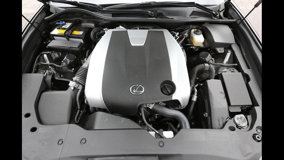 Lexus GS 250 F-Sport, Motor