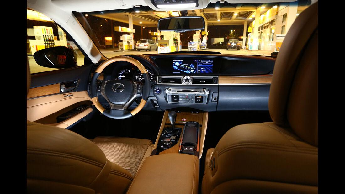 Lexus GS 450h, Cockpit, Lenkrad