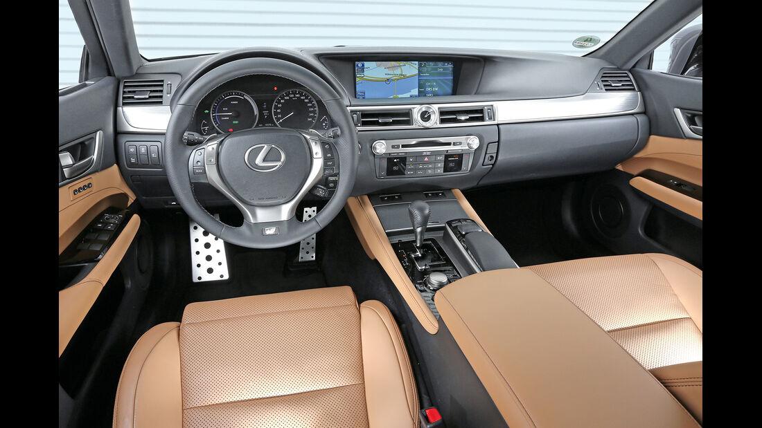 Lexus GS 450h F-Sport, Cockpit