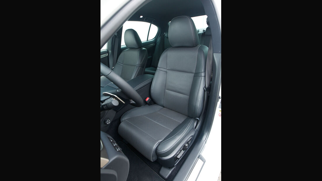 Lexus GS 450h, Fahrersitz