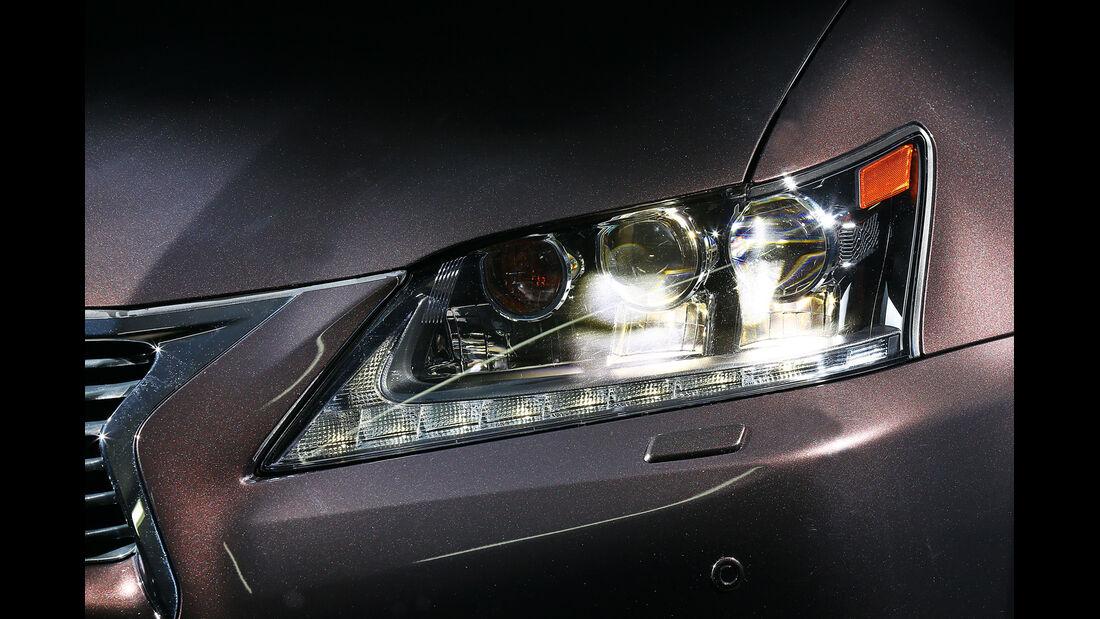Lexus GS 450h, Scheinwerfer