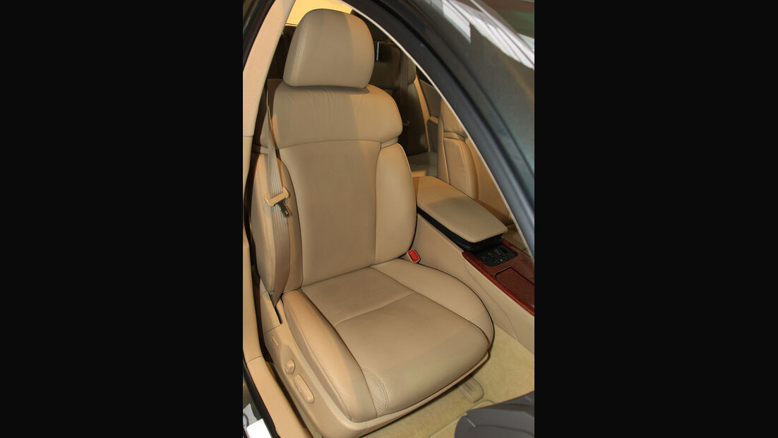 Lexus GS 450h, Sitz
