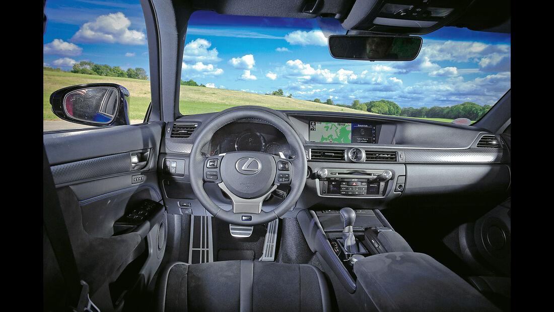 Lexus GS F, Cockpit