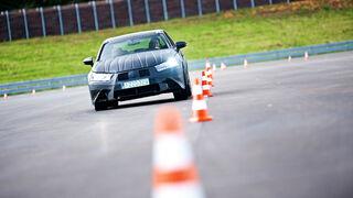Lexus GS Hybrid, Slalom, Frontansicht