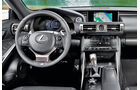 Lexus IS 300, Cockpit