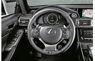 Lexus IS 300h F-Sport, Cockpit