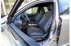 Lexus IS 300h, Fahrersitz