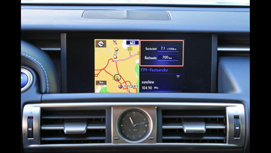 Lexus IS 300h, Navi, Bildschirm