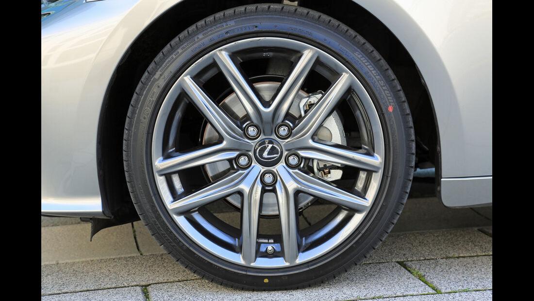 Lexus IS 300h, Rad, Felge