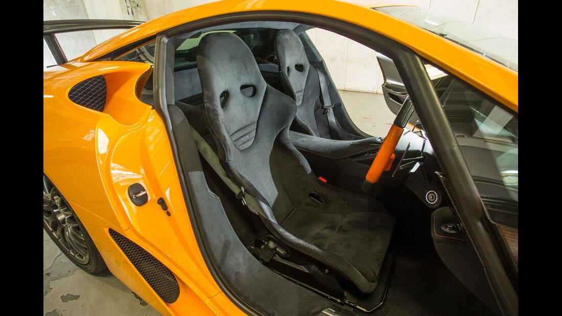 Lexus LFA Nürburgring Edition, Sitze